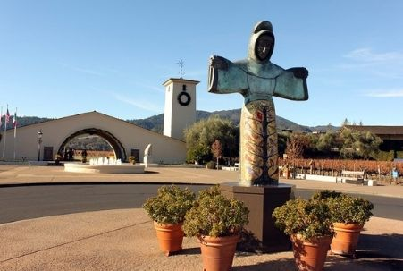 Napa Wineries with Art