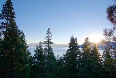 Lake Tahoe Tourist Information