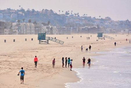 An uncrowded, early morning at Venice Beach, CA